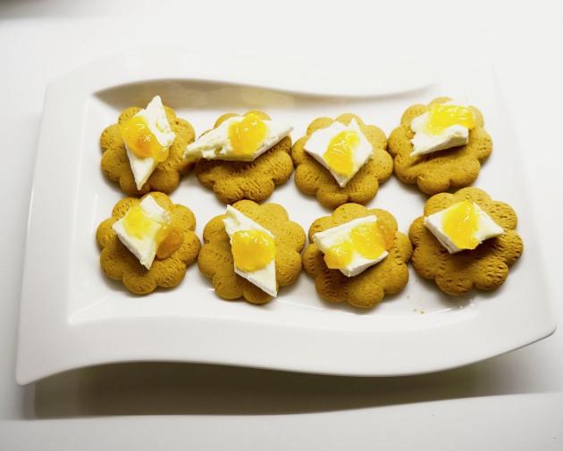 piparkakkuja ja juustoa